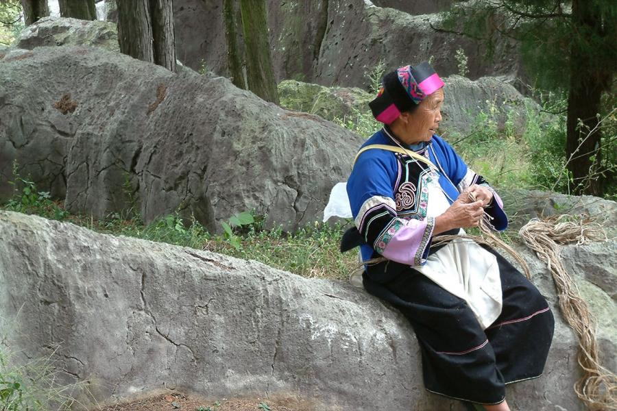 Rope Braider, Stone Forest, Yunnan, China